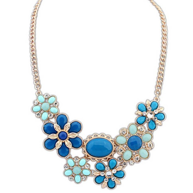 Blazing blue statement necklace